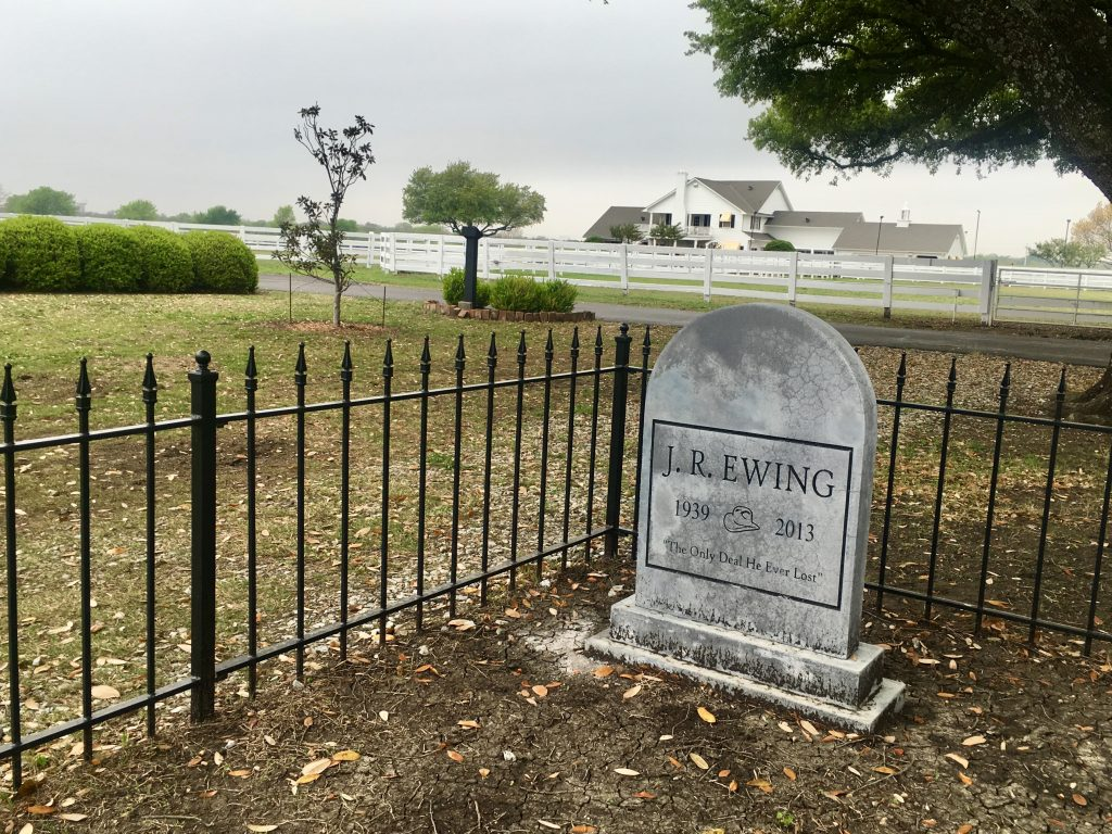 Dallas Southfork Ranch Texas Führung Grab J.R. Ewing